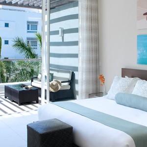 Luxury Holidays Turks - Gansevoort Hotel - Bedroom
