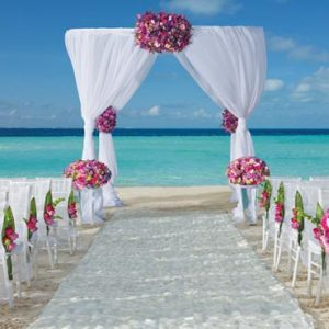 Luxury Mexico Holiday Packages Dreams Sands Cancun Resort And Spa Beach Weddings Setup