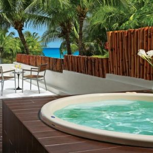 Luxury Mexico Holiday Packages Dreams Sands Cancun Resort And Spa Preferred Club Honeymoon Suite1