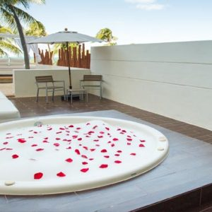 Luxury Mexico Holiday Packages Dreams Sands Cancun Resort And Spa Preferred Club Honeymoon Suite2