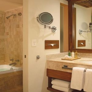 Luxury Mexico Holiday Packages Dreams Sands Cancun Resort And Spa Preferred Club Honeymoon Suite3