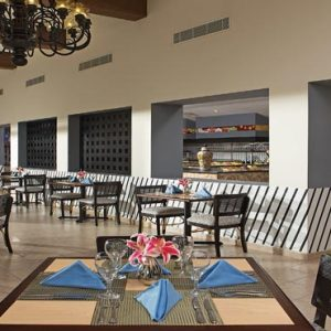 Luxury Mexico Holiday Packages Dreams Sands Cancun Resort And Spa World Cafe