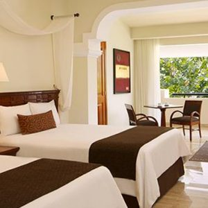Luxury Mexico Holiday Packages Now Sapphire Riviera Cancun Deluxe Junior Suite Tropical View3