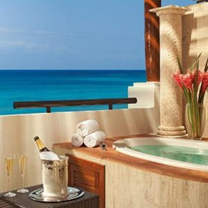 Luxury Mexico Holiday Packages Now Sapphire Riviera Cancun Preferred Club Junior Suite Ocean Front View1