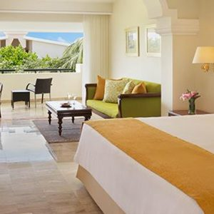 Luxury Mexico Holiday Packages Now Sapphire Riviera Cancun Preferred Club Junior Suite Tropical View 3
