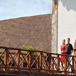 Luxury Mexico Holiday Packages Now Sapphire Riviera Cancun Couple On Bridge