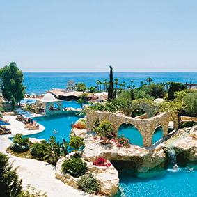 Luxury holidays cyprus -Le Meridien - thumbnail