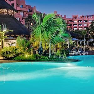Luxury holidays tenerife - Sheraton La Caleta Resort - pool night