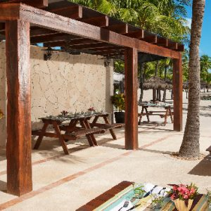 Luxuxry Mexico Holidays Dreams Puerto Aventuras Resort And Spa Barefoot Grill