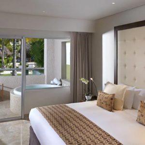 Mexico Honeymoon Packages Paradisus Playa Del Carmen La Perla Royal Service One Bedroom Master Suite Swim Up