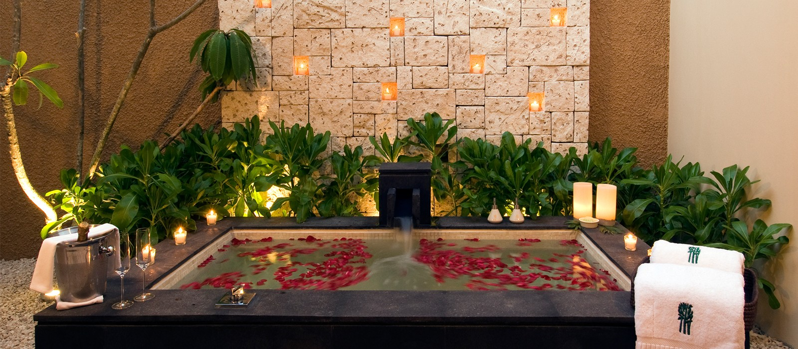 Mexico Honeymoons - Banyan Tree Mayakoba - Header