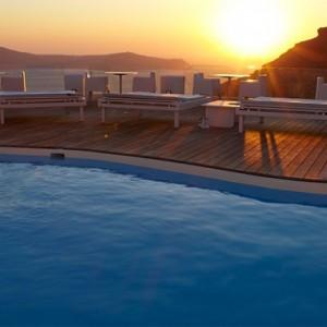 Pool 6 - sun Rocks Hotel Santorini - luxury santorini holiday packages