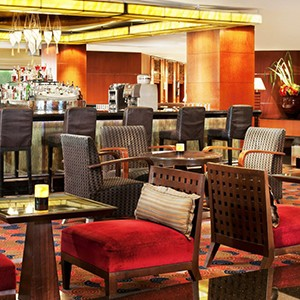 Royal Orchid Sheraton Bangkok - Thailand Honeymoon - bar