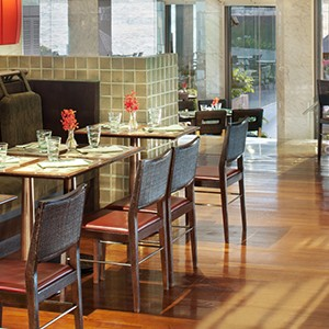 Royal Orchid Sheraton Bangkok - Thailand Honeymoon - restaurant