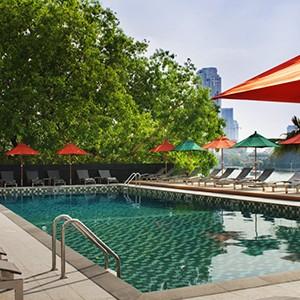 Royal Orchid Sheraton Bangkok - Thailand Honeymoon - terrace pool