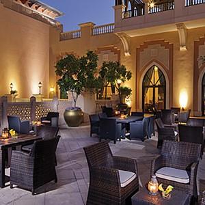 Shangri-La Abu Dhabi - Abu Dhabi Honeymoon Packages - terrace dining