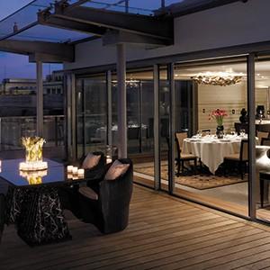 Shangri-La Paris - night dining