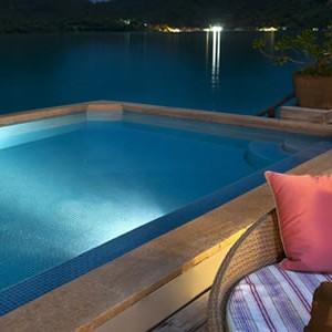 St-Regis-Bora-Bora-Royal-Oceanfront-Retreat-Villa