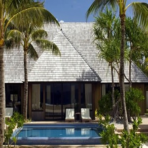 St-Regis-Bora-Bora-Royal-Reef-Side-Garden-Villa