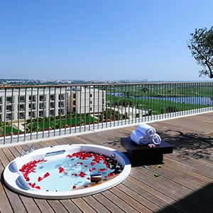Tivoli Victoria - portugal honeymoon packages - spa terrace