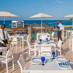 Vista Sky - Sandals Ochi Beach Resort jamaica - Luxury Jamaica Holidays