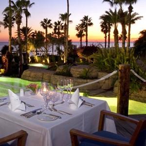 annabelle hotel - Cyprus luxury holidays - dinner at night