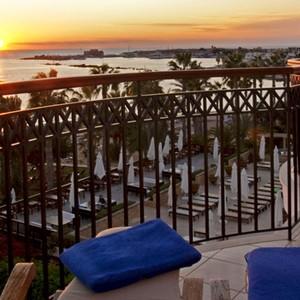 annabelle hotel - Cyprus luxury holidays - dinner at sunset
