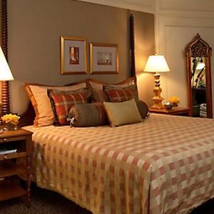mandarin oriental deluxe theme suite