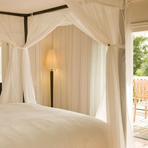 parrot cay by como - turqs and caicos lucury holidays - bedroom