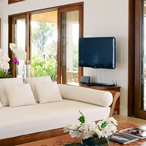 parrot cay by como - turqs and caicos lucury holidays - living space