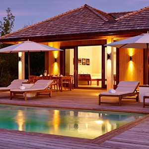 parrot cay by como - turqs and caicos lucury holidays - villa pool