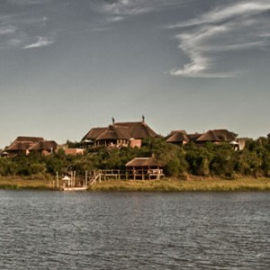 pumba-private-game-water-lodge-lake