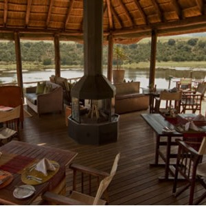 pumba-private-game-water-lodge-restaurant