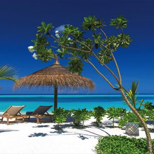 Ozen By Atmosphere At Maadhoo Island Luxury Maldives Honeymoon Packages Beach