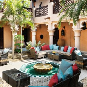 Luxury Dubai Holiday Packages Jumeirah Dar Al Masyaf At Madinat Jumeirah Courtyard
