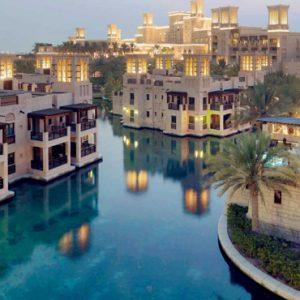 Luxury Dubai Holiday Packages Jumeirah Dar Al Masyaf At Madinat Jumeirah Waterways