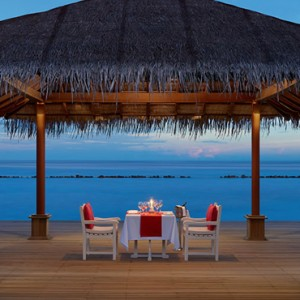 Sunset Pier dining - cinnamon dhonveli - luxury maldives honeymoon packages