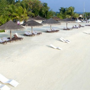 beach 2 - cinnamon dhonveli - luxury maldives holiday packages