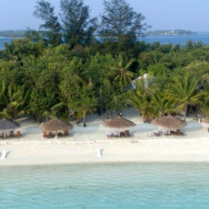 beach 3 - cinnamon dhonveli - luxury maldives holiday packages