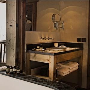Le chalet Zannier - France Ski Holidays - Suite 4 bathsuite