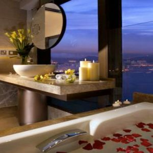 Luxury Hong Kong Holiday Packages Harbour Grand Hong Kong Executive Harbour View Suite1