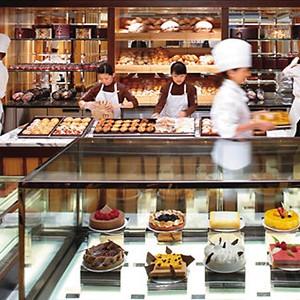 Mandarin Oriental - Hong kong holiday - Mandarin cake shop