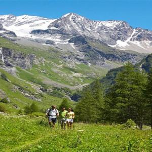 Peisey Vallandry Club Med - france holiday - mountain walking