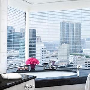 Peninsula Hong Kong - Grand Deluxe Harbour View Suite