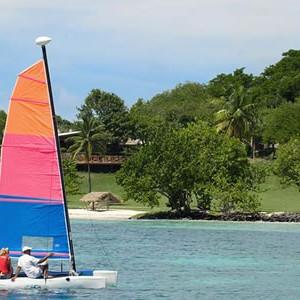 Petit-St-Vincent-Island-Kayaking