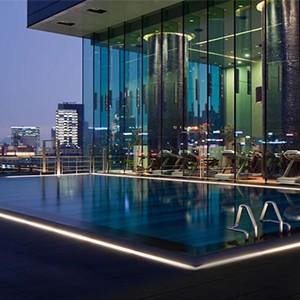 hotel icon - hong kong holiday - swimming pool