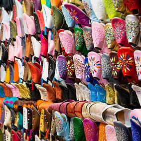 sandal souk