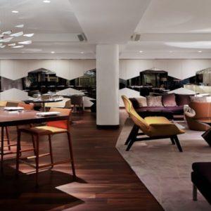 Naumi Hotel Singapore Luxury Singapore Holiday Packages Table Restaurant & Bar2
