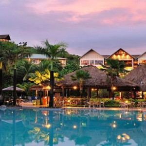 outrigger-fiji-beach-resort-fiji-holiday-pool