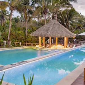 outrigger-fiji-beach-resort-fiji-holiday-pool1